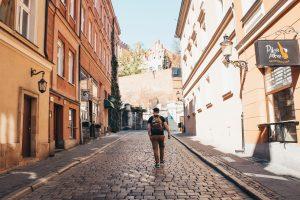 "<img src=""what-to-do-poznan.jpg"" alt=""poland poznan city guide"" srcset="