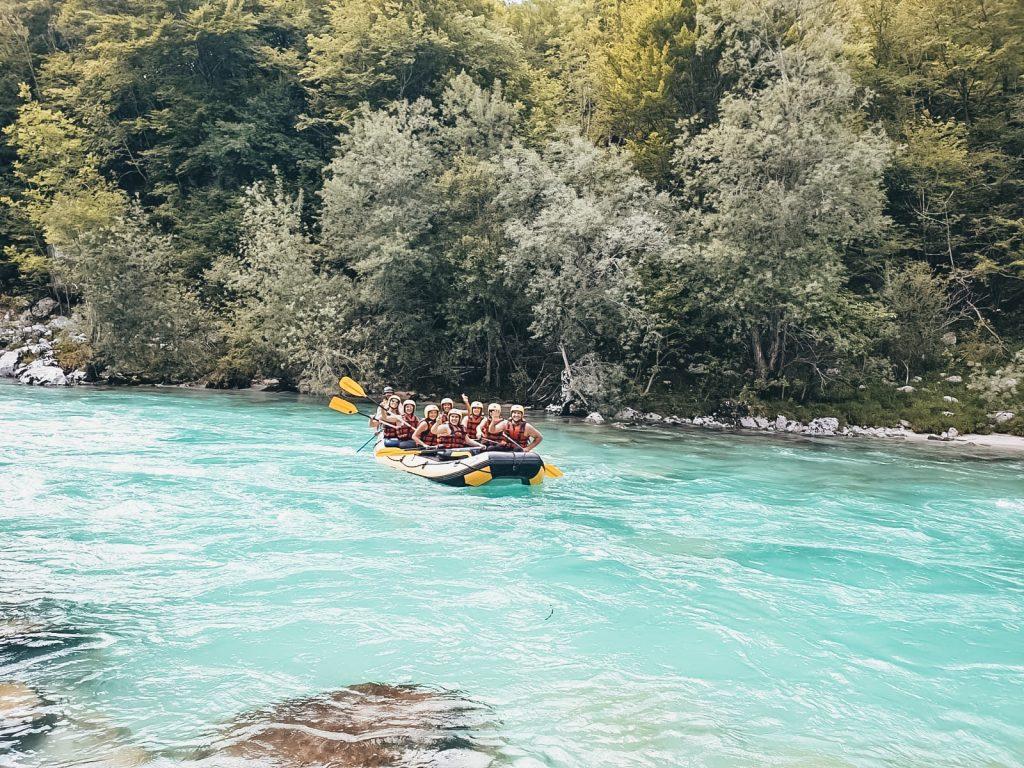 "<img src=""rafting slovinsko Twovelers.jpg"" alt=""Slovenia road trip twovelers rafting soča"">"