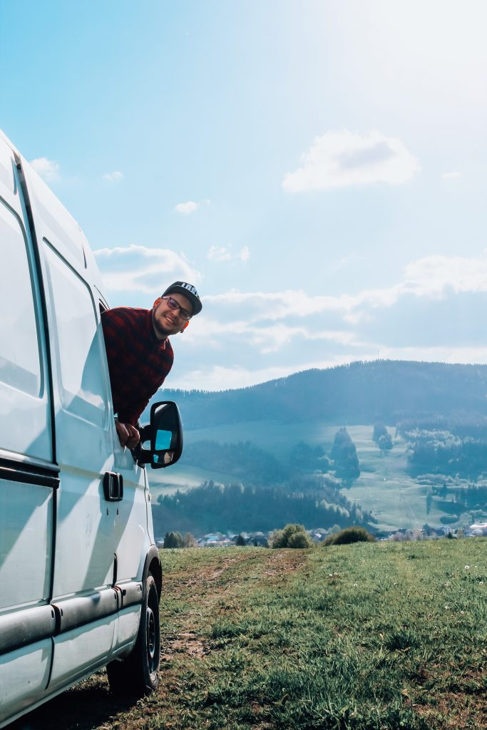 """<img src=""""Twovelers blog- cestovanie v obytnom aute po Slovensku.jpg"""" alt=""""Twovelers campervan in Slovak nature """">"""
